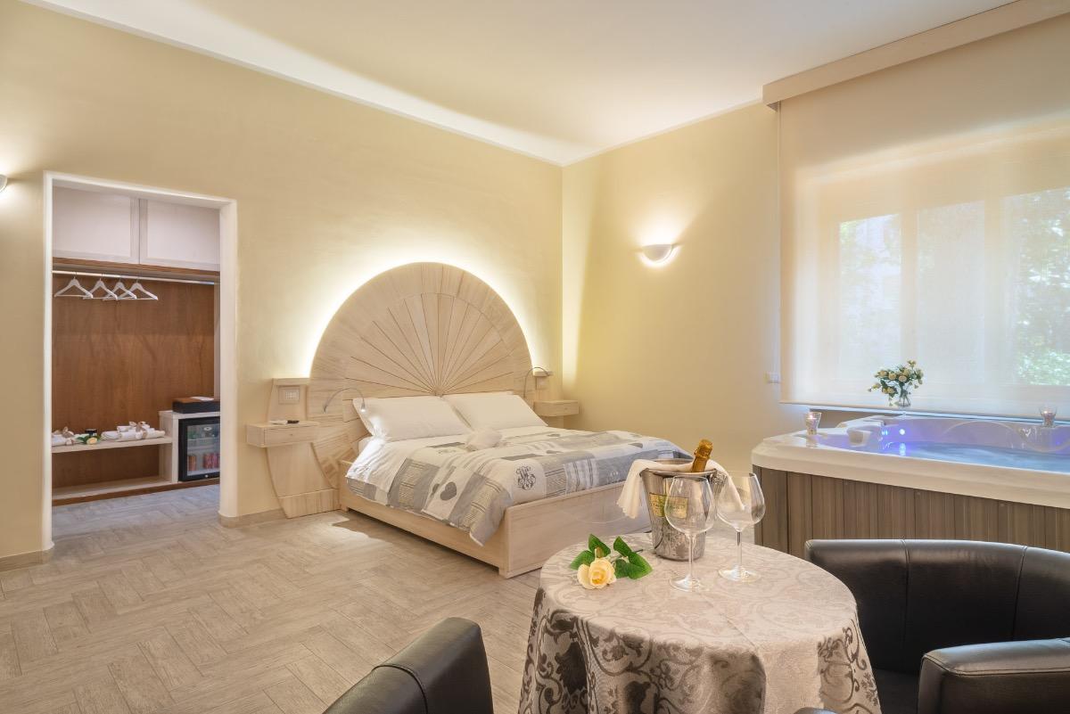 Suite Jacuzzi 2