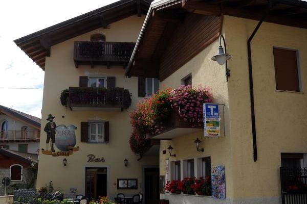 Albergo Alla Costa