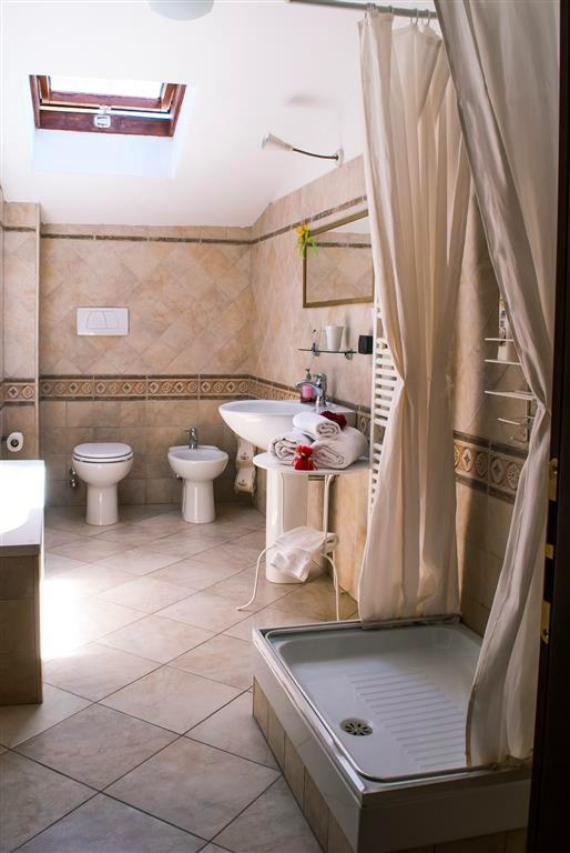 Superior bagno privato esterno 2