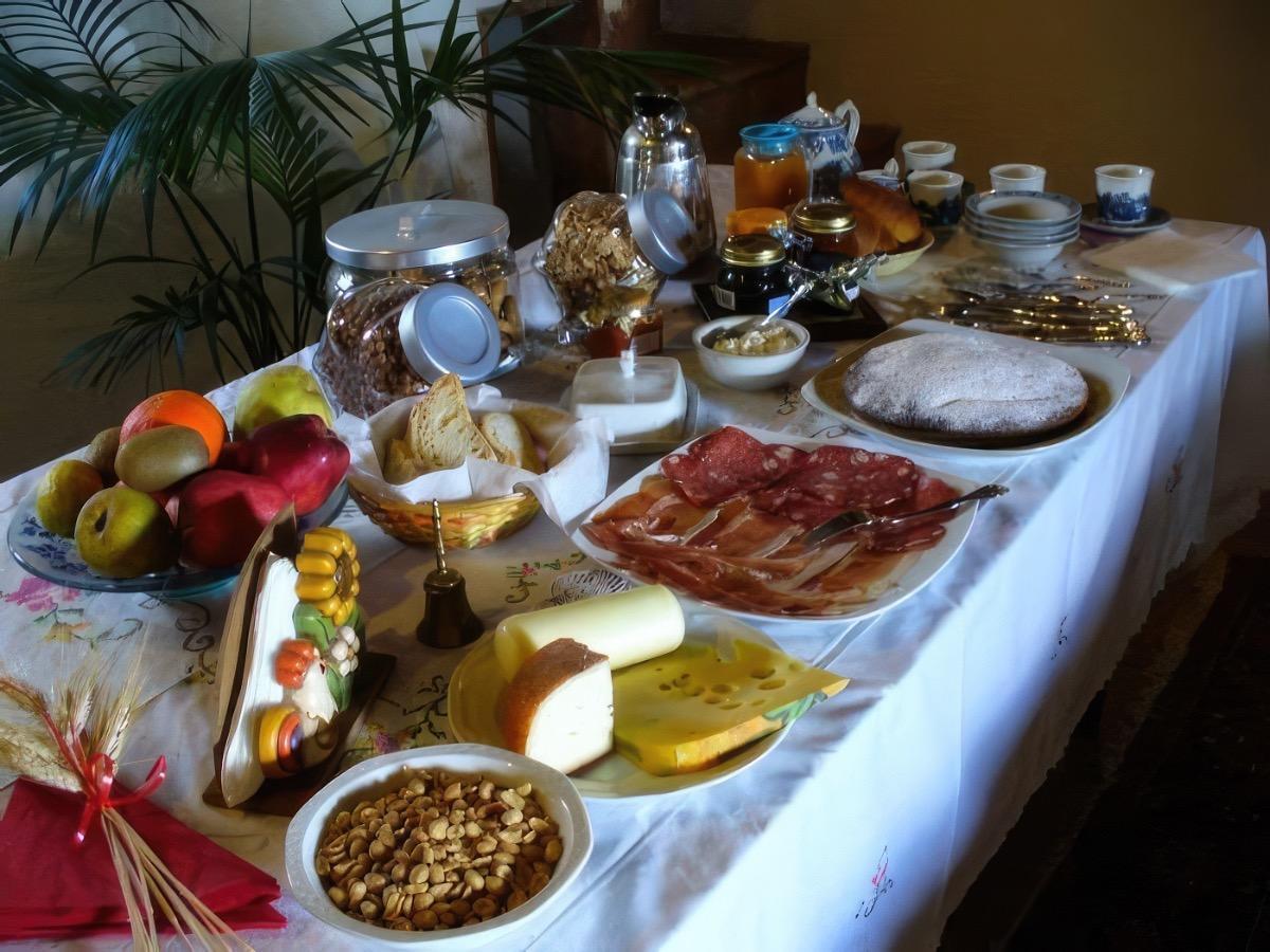 La colazione di B&B LA COLLINA