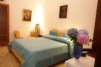Ortensia Room