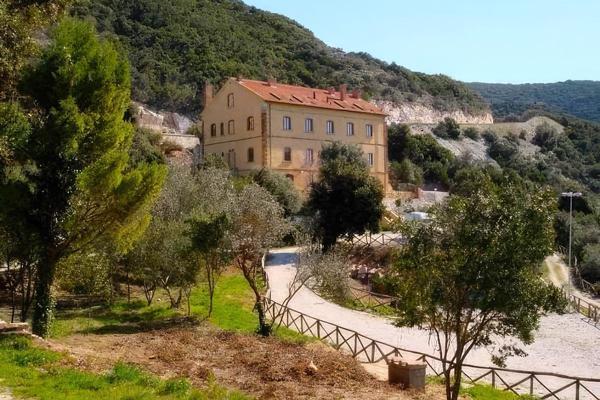 Student's Hostel Gowett