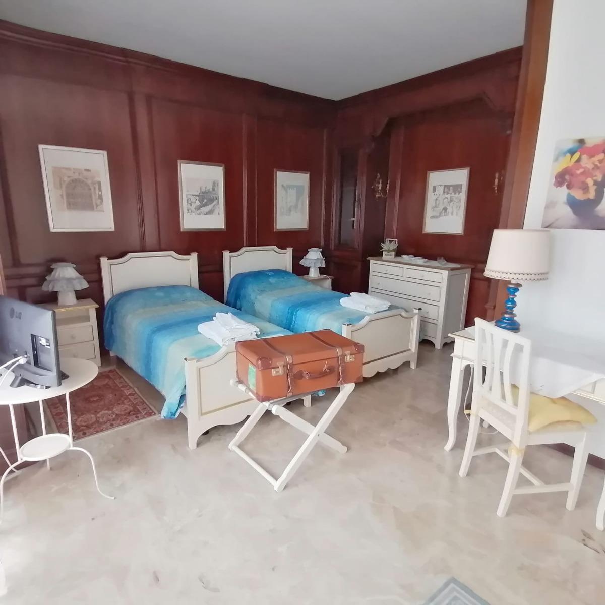 Camera Dorata