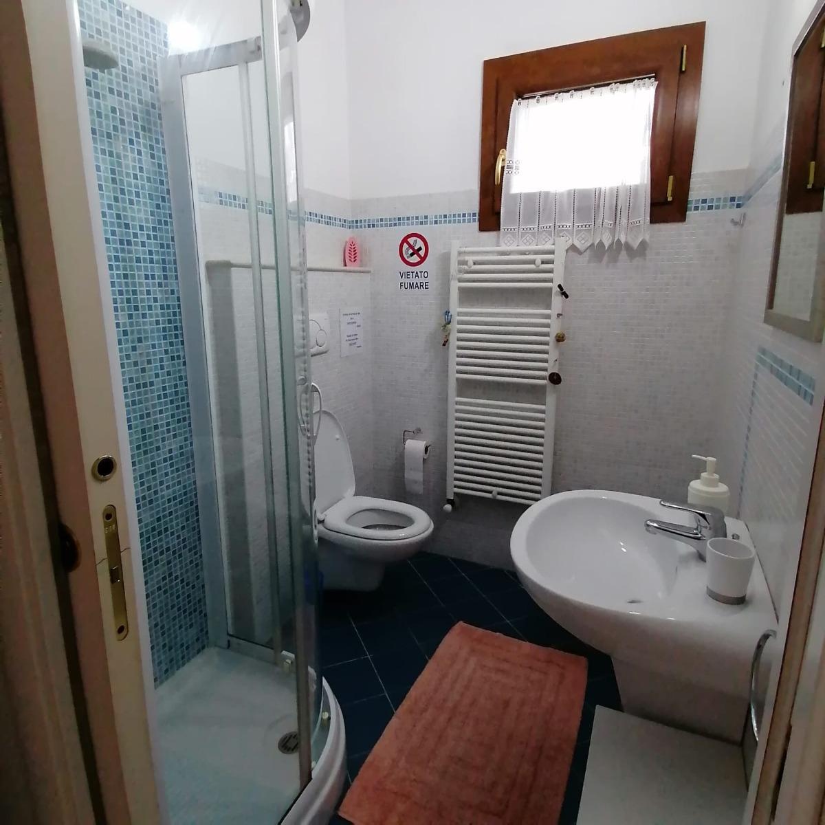 Camera Dorata 5