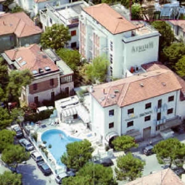 Hotel Brown - Areahotels