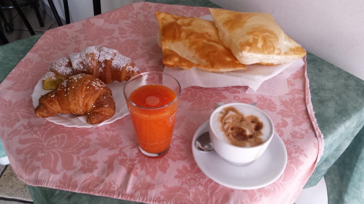 La colazione di LA CASA DEL VIANDANTE