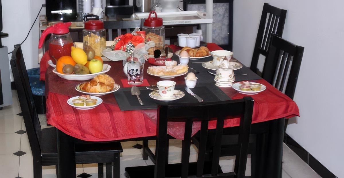 La colazione di B&B VILLA GIGLIO