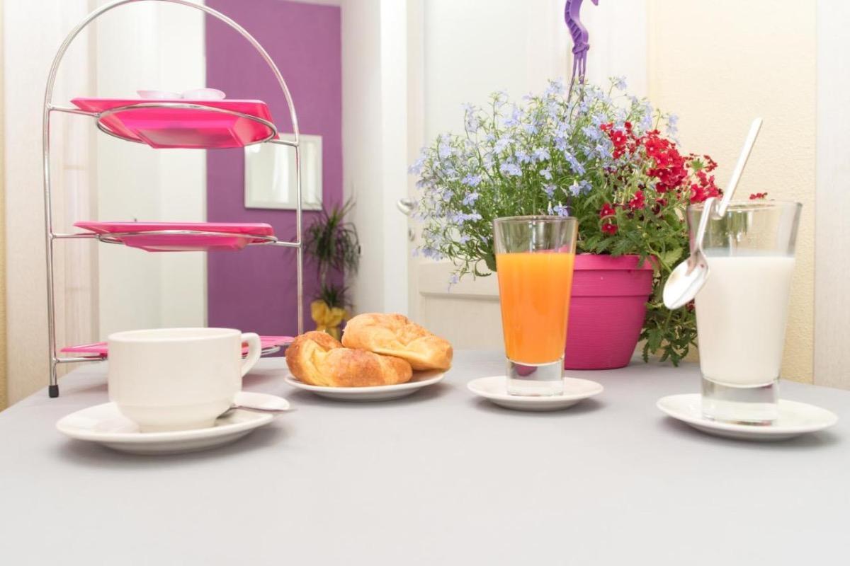 La colazione di B&B META MITO DI CLAUDIO & LOREDANA