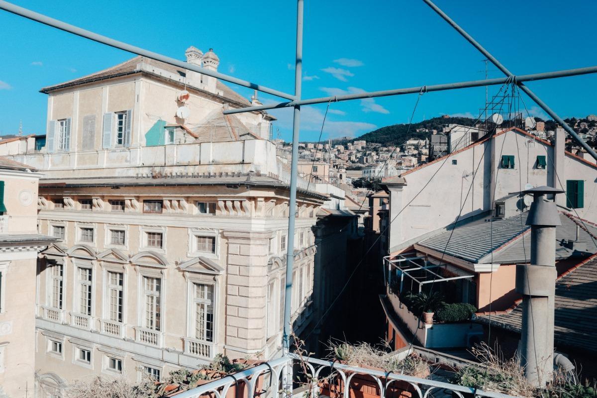 Bagno In Comune In Inglese : B&b i tetti di genova