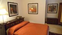 Comfort Red Room