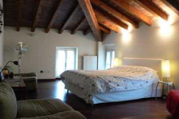Santa Giulia Room