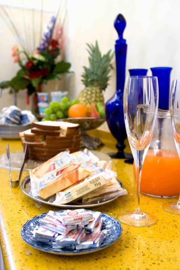 La colazione di RELAIS CONTE DI CAVOUR DE LUXE