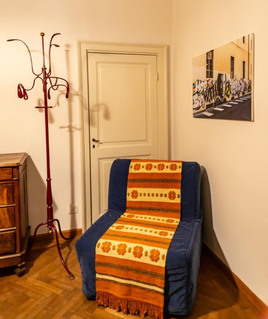 Camera con letto alla francese 5