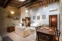 Quadri Villa Dini