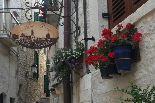 L'Antico Borgo / Palazzo Tauro