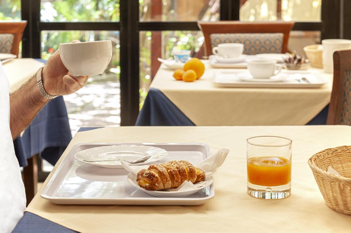 La colazione di HOTEL VILLA LO SCOGLIETTO