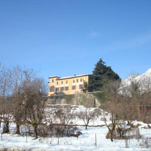 Castello di Camerletto B&B