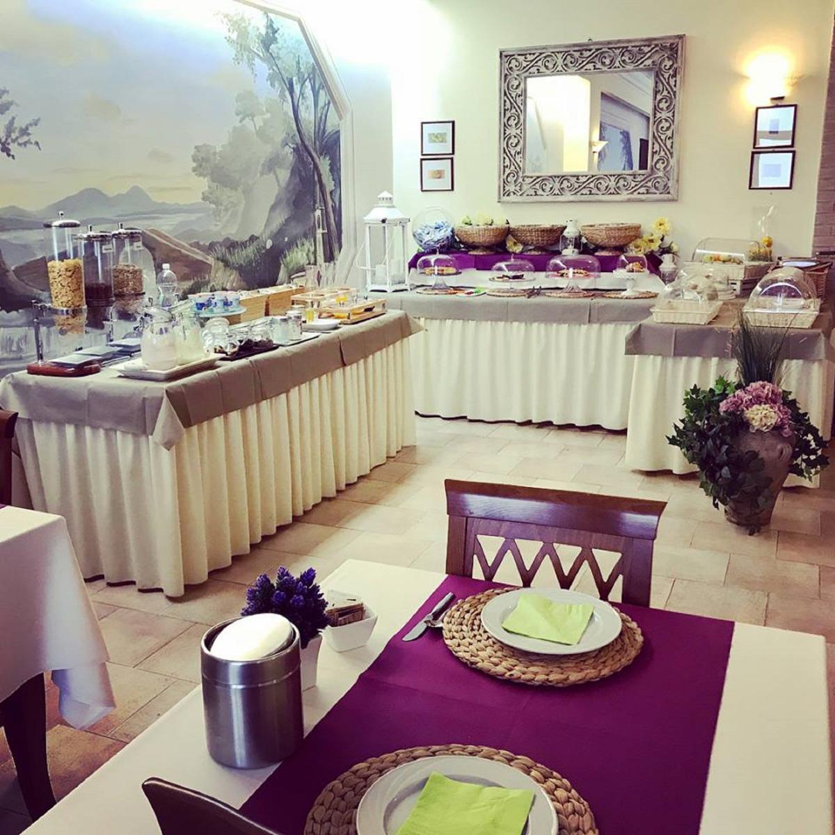 La colazione di HOTEL BORGO ANTICO