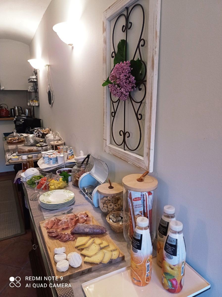La colazione di B&B LA SIEPE ***
