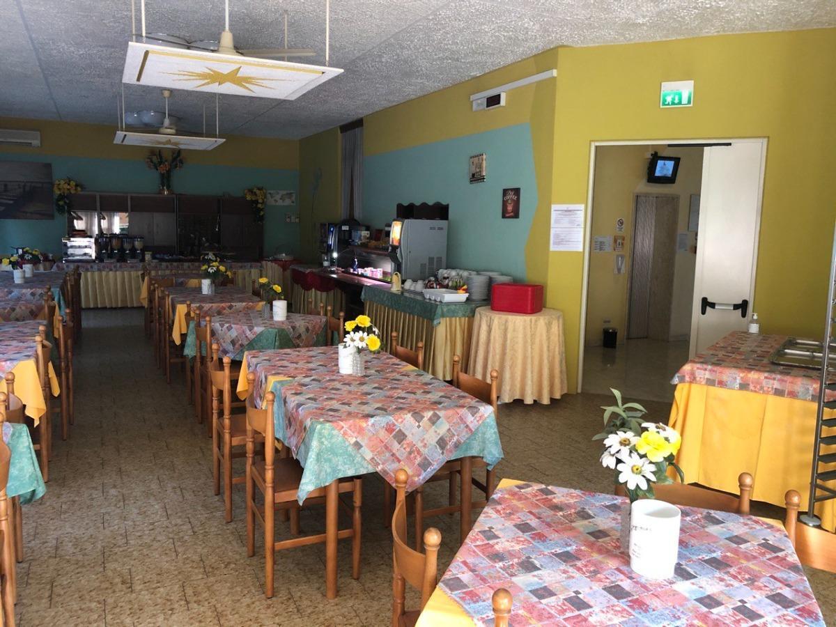 La colazione di HOTEL WEGA ***