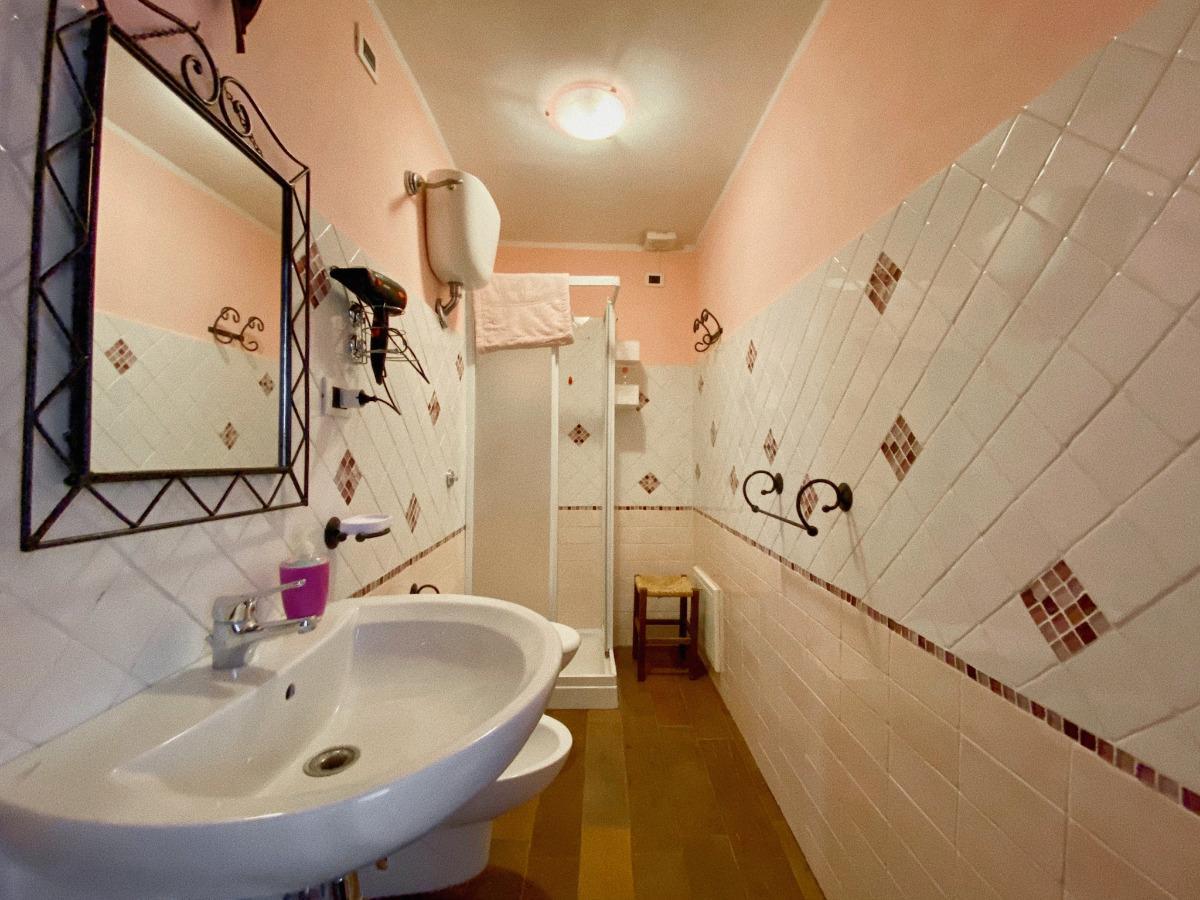 camera doppia 4