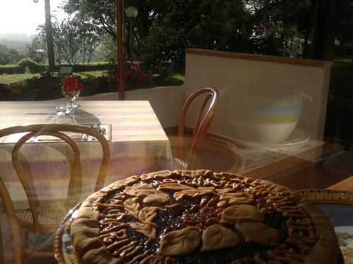 La colazione di COLLE MORO - B&B VILLA MARIA