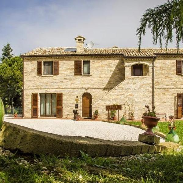 country house  la finestra sul conero
