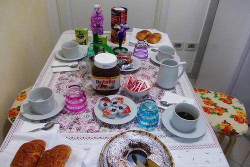 La colazione di ALLOGGIO ADIGETTO
