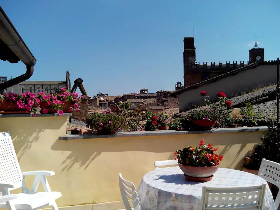 Camera Bianca