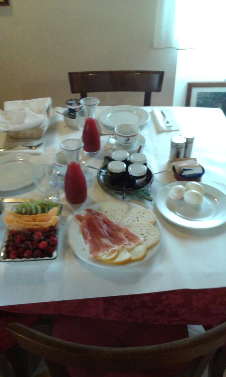 La colazione di CONTRADA DURANO COUNTRY HOUSE