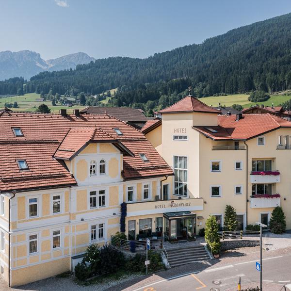 hotel kronplatz ***s