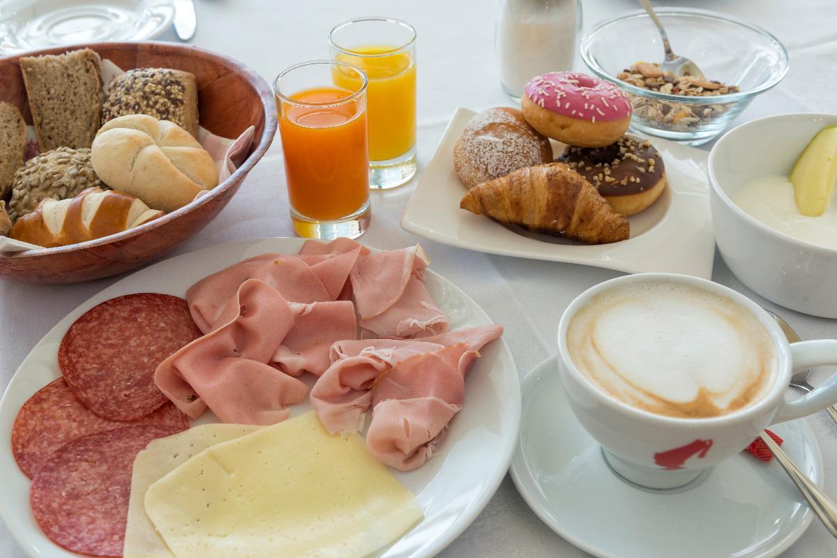 La colazione di HOTEL KRONPLATZ ***S