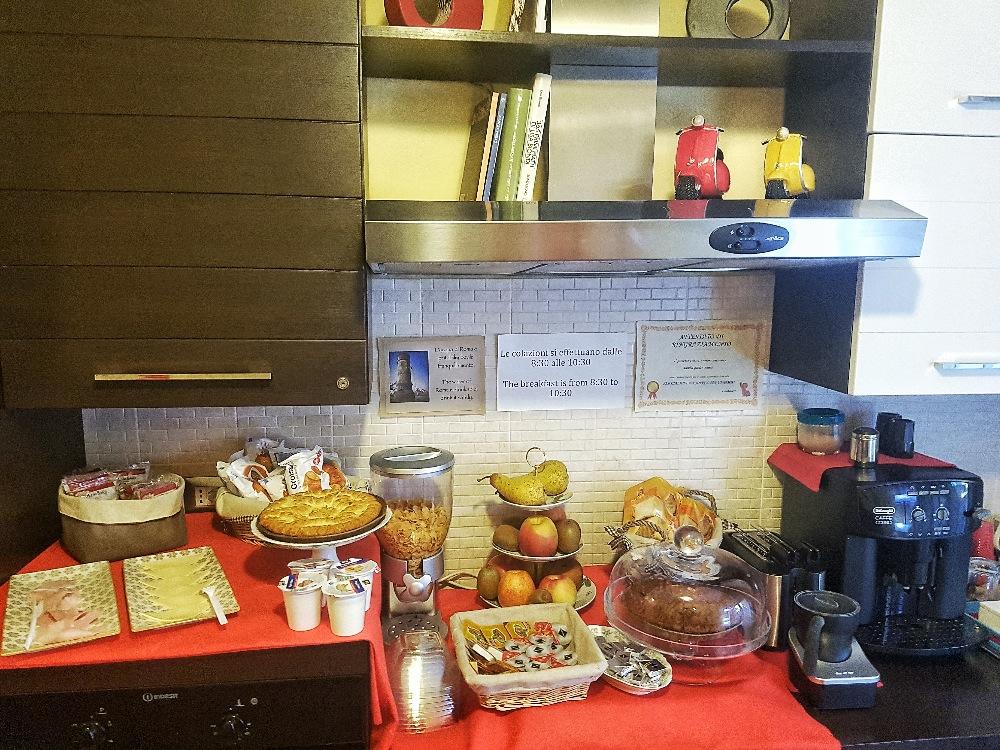 La colazione di AURELIA GARDEN ROOMS