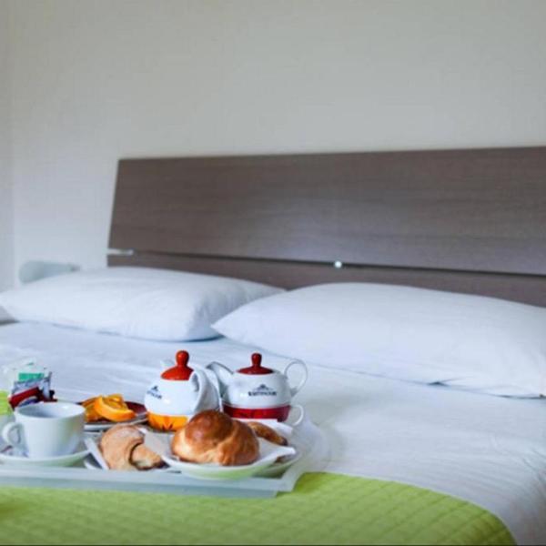 cream & caramel
