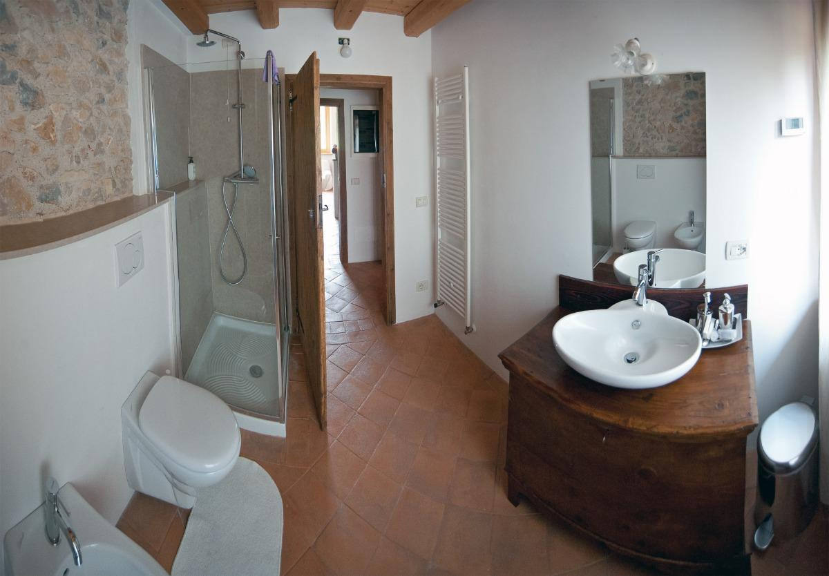 camera74902