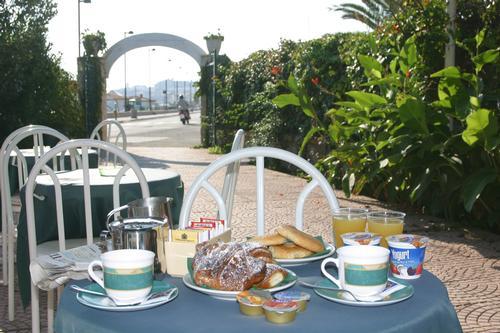 La colazione di HOTEL VELA VELO