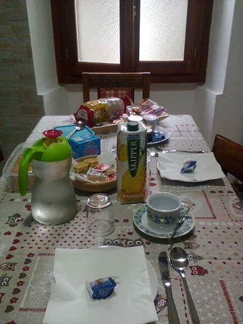 La colazione di B&B ANZOLA