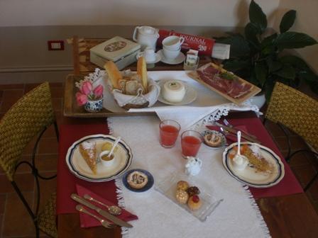 La colazione di LOCANDA LA MONENARA