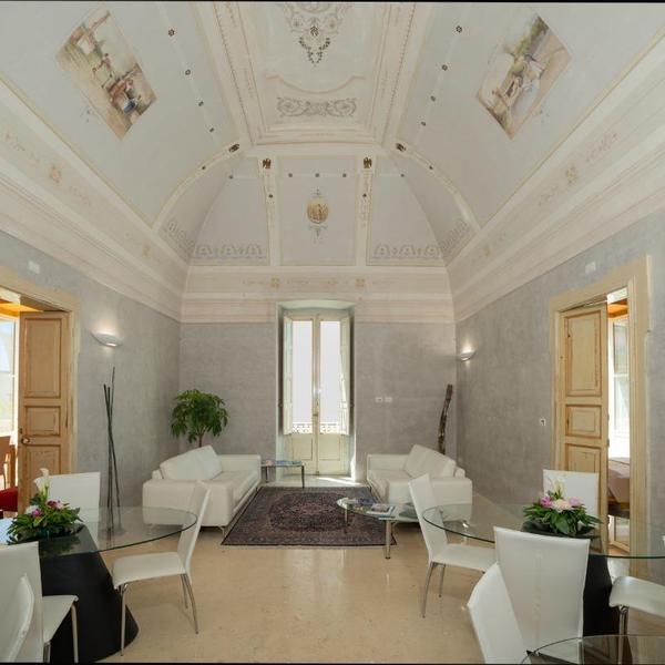 relais carlo v palazzo storico