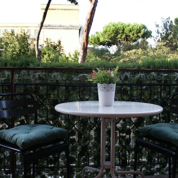 la fontana di carlotta