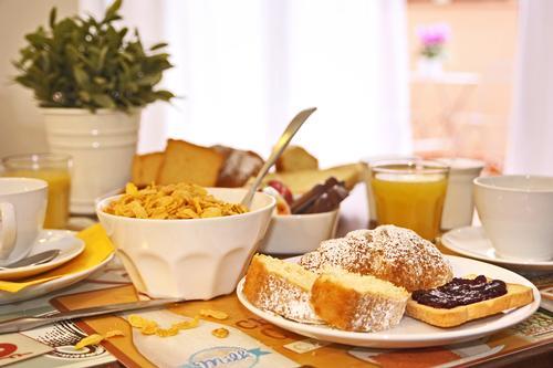 La colazione di PIAZZETTA AL VATICANO B&B