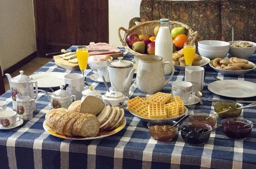 La colazione di B&B CASCINA CANALE