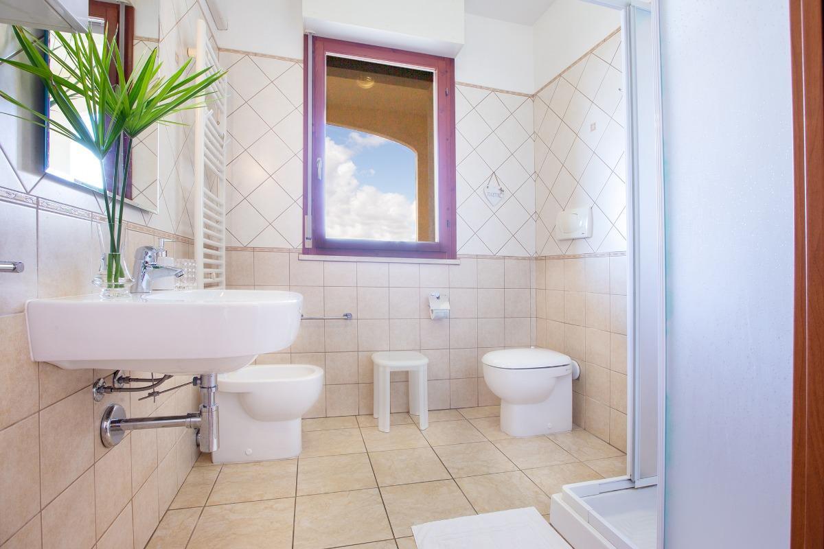 Tripla con bagno privato 2
