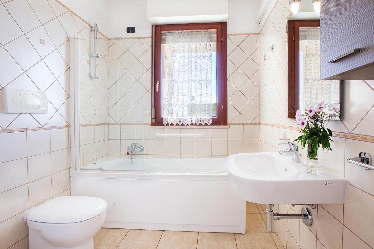 Matrimoniale con bagno privato 4
