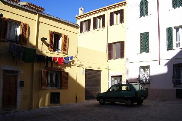Largo Pazzola Guest House