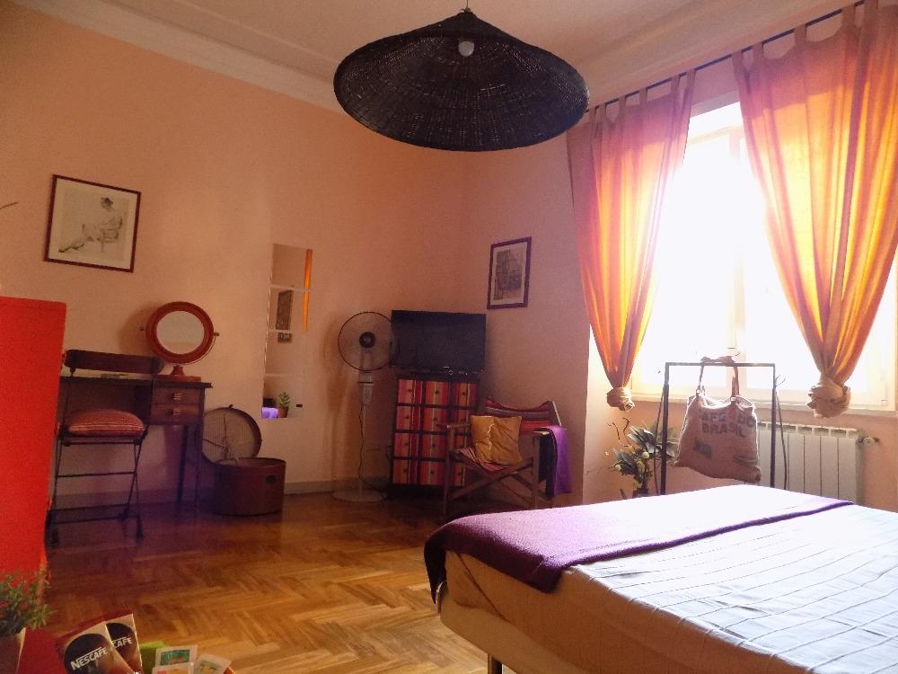 camera15185