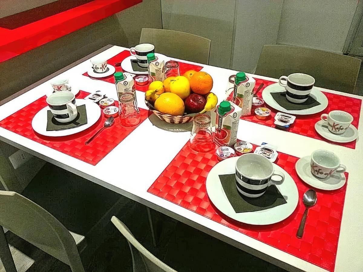La colazione di B&B VINAGO BELVEDERE