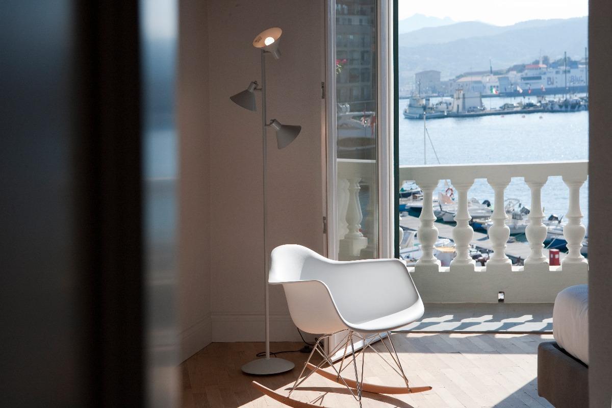 Mobili da soggiorno ricci casa design casa creativa e