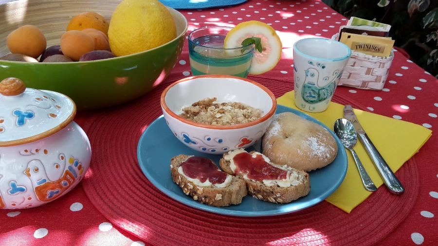 La colazione di B&B CASA CALETTA