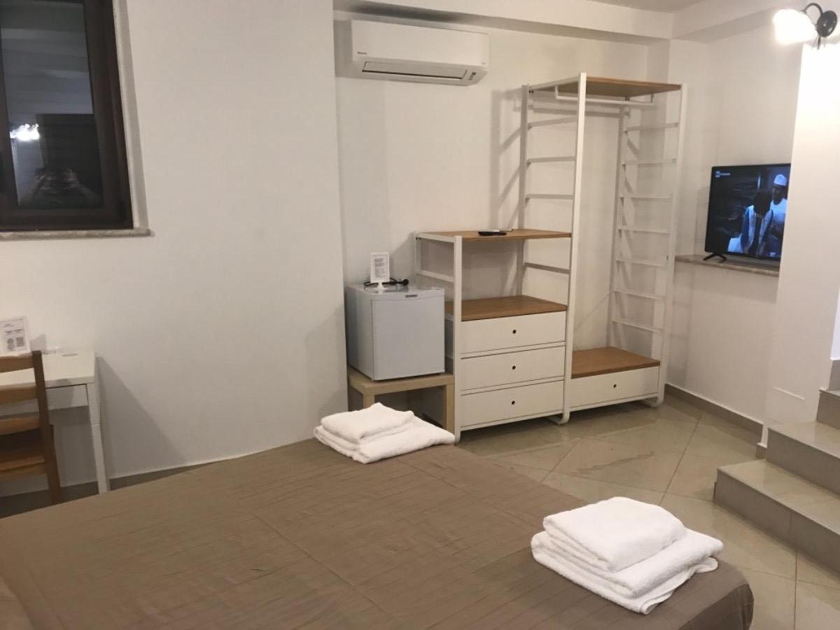 11 Room 5